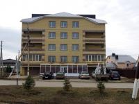 Нурлат, улица Ленинградская. многоквартирный дом