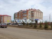 Нурлат, улица Нурлатская, дом 10. многоквартирный дом