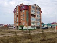 Нурлат, улица Нурлатская, дом 15. многоквартирный дом