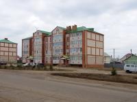 Нурлат, улица Нурлатская, дом 16. многоквартирный дом