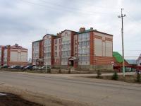 Нурлат, улица Нурлатская, дом 20. многоквартирный дом