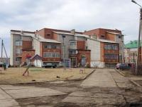 Нурлат, 50 лет Победы микрорайон, дом 2. многоквартирный дом