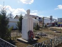 Нурлат, улица Гиматдинова. памятник В.И. Ленину