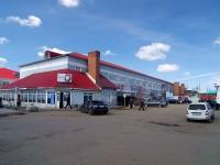 Нурлат, улица Кооперативная, дом 1. магазин