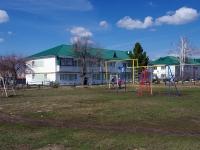 Нурлат, улица Козлова, дом 7. многоквартирный дом