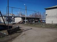 Нурлат, улица Козлова. хозяйственный корпус