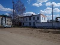 Нурлат, улица Тельмана, дом 4. офисное здание