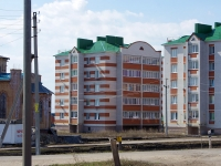 Nurlat, st Khalikov, house 42. Apartment house