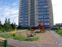 Набережные Челны, Набережночелнинский проспект, дом 22. многоквартирный дом