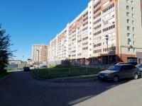 Naberezhnye Chelny, Naberezhnochelninsky Ave, house 70/56. Apartment house