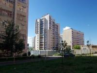 Набережные Челны, Набережночелнинский проспект, дом 74. многоквартирный дом