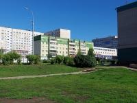 Набережные Челны, Набережночелнинский проспект, дом 82. многоквартирный дом