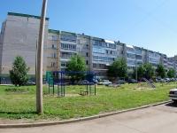 Naberezhnye Chelny, Khadi Taktash st, house 18. Apartment house