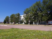 Набережные Челны, улица Жукова, дом 13. многоквартирный дом