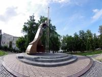 улица Гидростроителей. памятник В.С. Высоцкому
