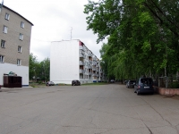 neighbour house: alley. Parkoviy, house 8. Apartment house