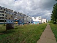 Набережные Челны, улица Комсомольская Набережная, дом 20. многоквартирный дом
