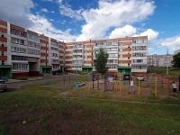 Набережные Челны, улица Комсомольская Набережная, дом 22А. многоквартирный дом