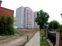 Naberezhnye Chelny, Yamashev blvd, house 34. Apartment house
