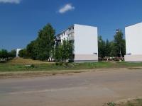 Набережные Челны, улица Батенчука, дом 4. многоквартирный дом