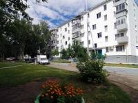 Набережные Челны, улица Батенчука, дом 15. многоквартирный дом