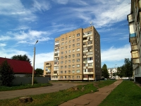 Naberezhnye Chelny, Komarov st, house 12. Apartment house
