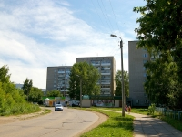 neighbour house: st. Komarov, house 25. Apartment house