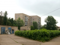 Набережные Челны, улица Набережная Габдуллы Тукая, дом 23. многоквартирный дом
