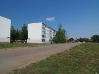 neighbour house: st. Naberezhnaya Gabdully Tukaya, house 47. Apartment house