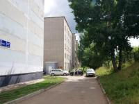Naberezhnye Chelny, Naberezhnaya Gabdully Tukaya st, house 85. Apartment house