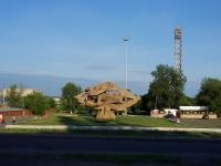 Набережные Челны, улица Набережная Габдуллы Тукая. памятник Футболистам