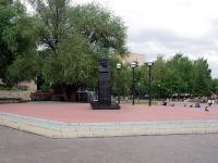 Naberezhnye Chelny, 纪念碑 Е.Н. БатенчукуNaberezhnaya Gabdully Tukaya st, 纪念碑 Е.Н. Батенчуку