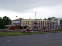 隔壁房屋: avenue. Musa Dzhalil, 房屋 46. 管理机关 Администрация Тукаевского района