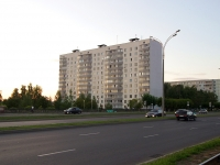 Naberezhnye Chelny, Musa Dzhalil avenue, house 49. Apartment house