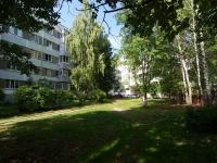 Набережные Челны, Энтузиастов бульвар, дом 13. многоквартирный дом