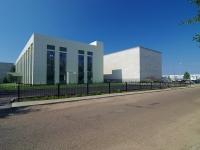 隔壁房屋: avenue. Mira, 房屋 13А. 科学院 ИНЭКА, Камская государственная инженерно-экономическая академия
