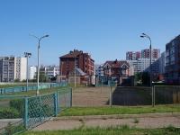 Naberezhnye Chelny, Usmanov st, 房屋 47Б. 车库(停车场)