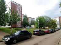 Naberezhnye Chelny, Usmanov st, house 70. Apartment house