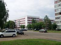 隔壁房屋: st. Usmanov, 房屋 89. 公寓楼