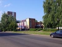 Набережные Челны, улица Усманова, дом 25. магазин