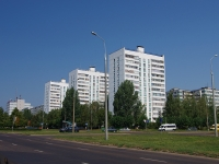 Набережные Челны, Дружбы Народов проспект, дом 8. многоквартирный дом
