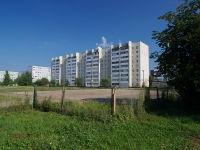 neighbour house: avenue. Druzhby Narodov, house 17. Apartment house