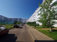 Naberezhnye Chelny, Khasan Tufan avenue, house 47. Apartment house