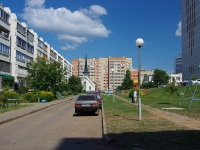 Naberezhnye Chelny, Kasimov Blvd, house 15. Apartment house