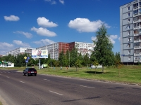 Naberezhnye Chelny, Chulman Ave, house 32/42. Apartment house