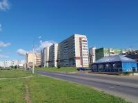 Набережные Челны, улица Нариманова, дом 52. многоквартирный дом