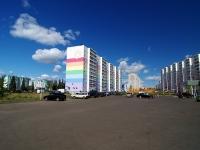 Naberezhnye Chelny, Akhmetshin st, house 108. Apartment house