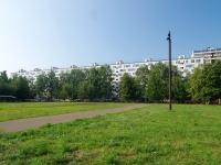Набережные Челны, 60 лет Октября бульвар, дом 12. многоквартирный дом