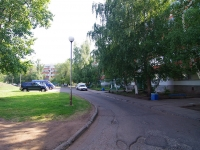 Naberezhnye Chelny, Syuyumbike Ave, house 13. Apartment house