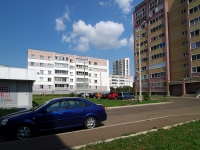 Naberezhnye Chelny, Syuyumbike Ave, house 31. Apartment house